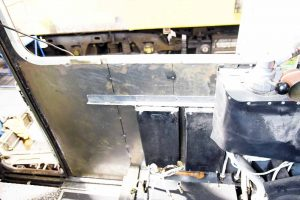 no-2-end-drivers-side-inside-151216-low